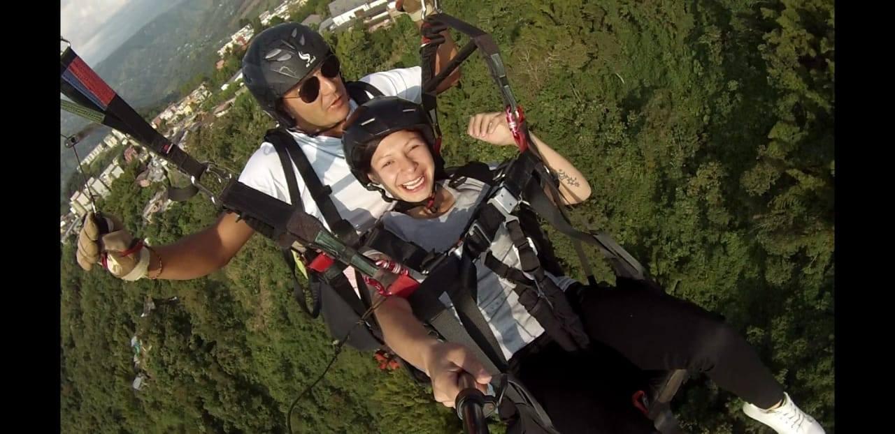 felicidad_volando_parapente_manizales