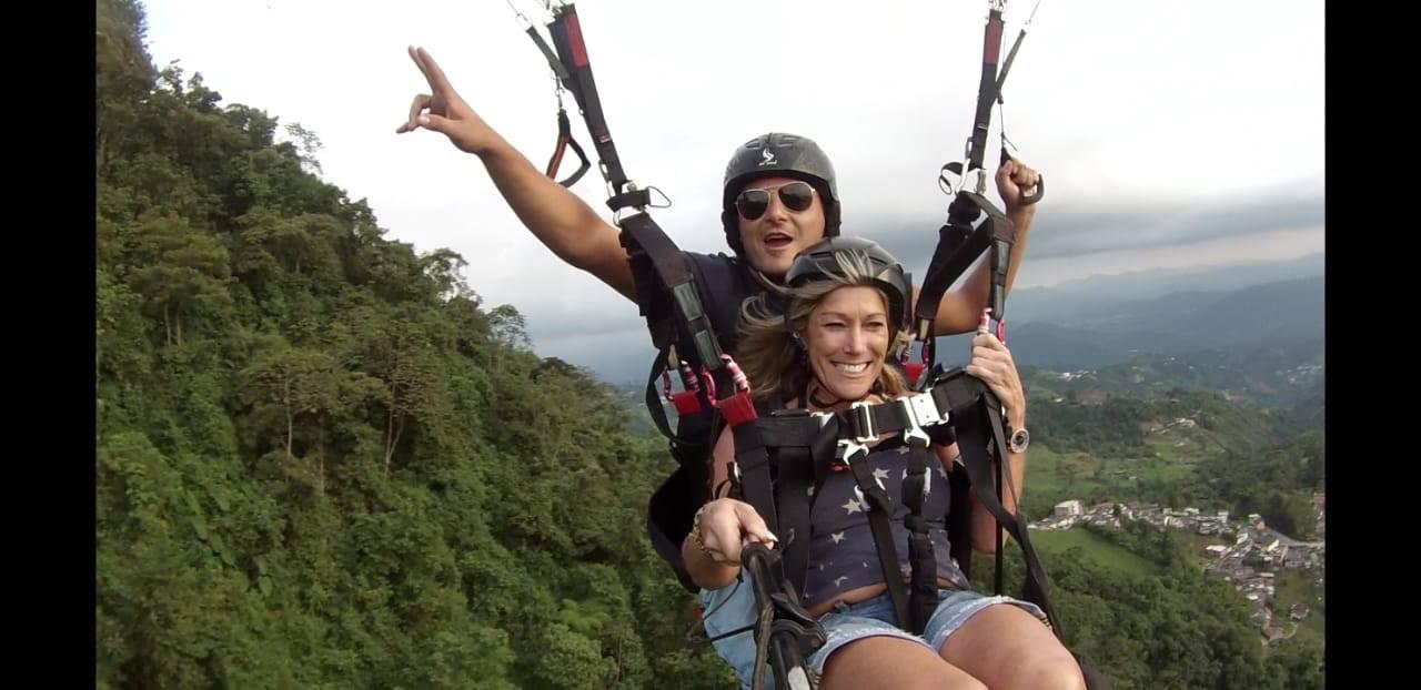 volando_parapente_manizales